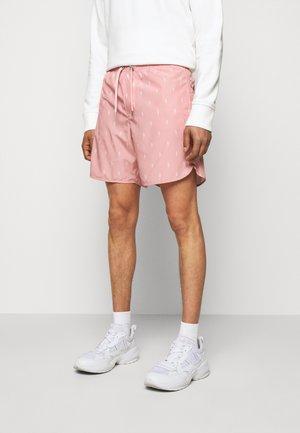 ALL OVER SMALL THUNDERBOLT - Kraťasy - dark pink/pink