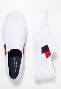 Tommy Hilfiger - LIGHTWEIGHT FLAG SLIP ON - Slip-ons - white - 1