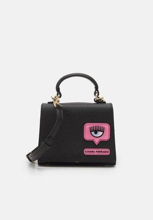 RANGE C EYELIKE PATCH - Handbag - nero