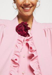 Sister Jane - POWDER ROSE BOW - Blouse - pink - 5