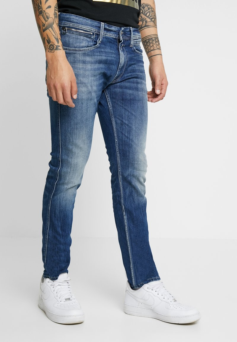 Replay - ANBASS COIN ZIP - Slim fit jeans - medium blue