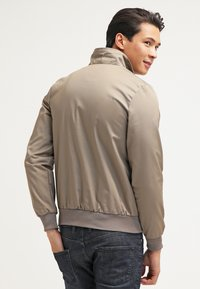 HARRINGTON - HARRINGTON - Bomber bunda - beige - 2