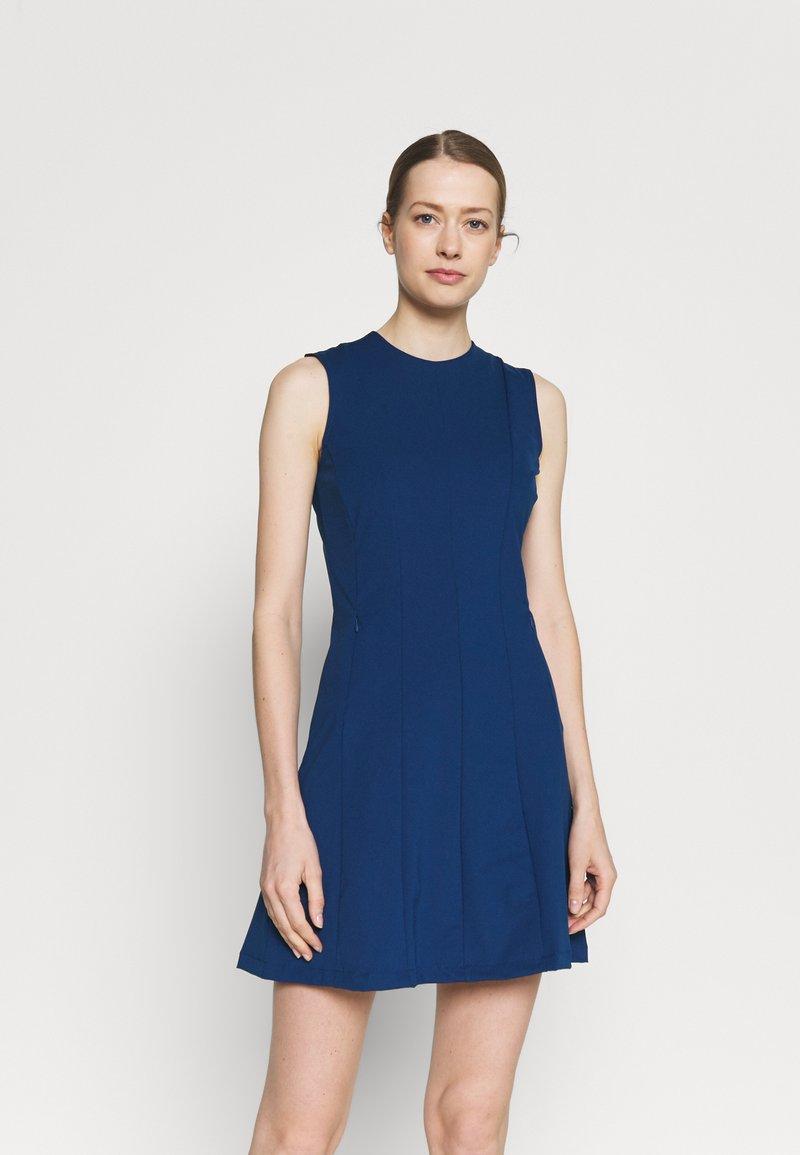J.LINDEBERG - JASMIN GOLF DRESS 2-IN-1 - Sports dress - midnight blue