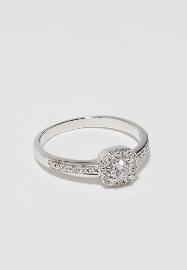 WHITE GOLD Engagement Ring  - Ring - silver-coloured