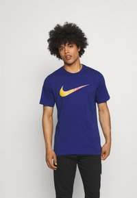 Nike Sportswear - TEE BRANDRIFF - T-shirt med print - deep royal blue - 0