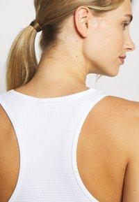 Cotton On Body - SEAMLESS WAFFLE VESTLETTE - Top - white - 5