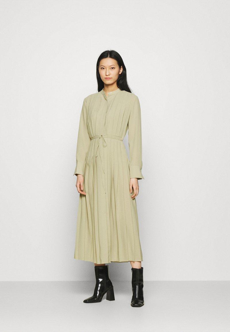ARKET - Košilové šaty - light khaki