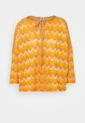 Long sleeved top - pumpkin