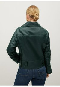 Violeta by Mango - ONETIOR8 - Leather jacket - dunkelgrün - 2