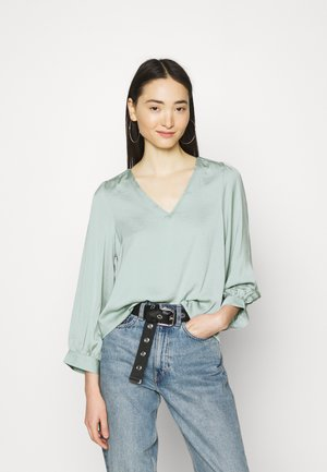 VMLIV - Long sleeved top - jadeite