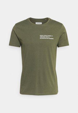 SHORT SLEEVE LOGO TEXT LOGO - T-shirt med print - asher tree
