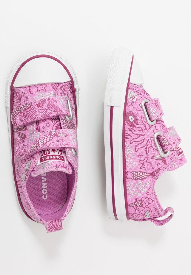 CHUCK TAYLOR ALL STAR MERMAID - Baskets basses - peony pink/rose maroon/white