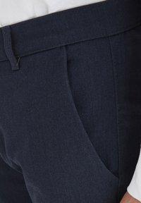 Tailored Originals - TOFREDERIC - Chino - ombre blu - 3