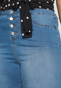 Missguided Plus - BUTTON FRONT LAWLESS - Jeans Skinny Fit - blue - 5