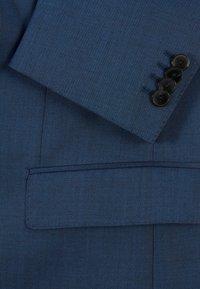 BOSS - Suit - open blue - 9