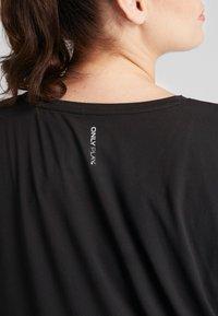 ONLY Play - ONPAUBREE LOOSE TEE CURVY - Basic T-shirt - black - 5