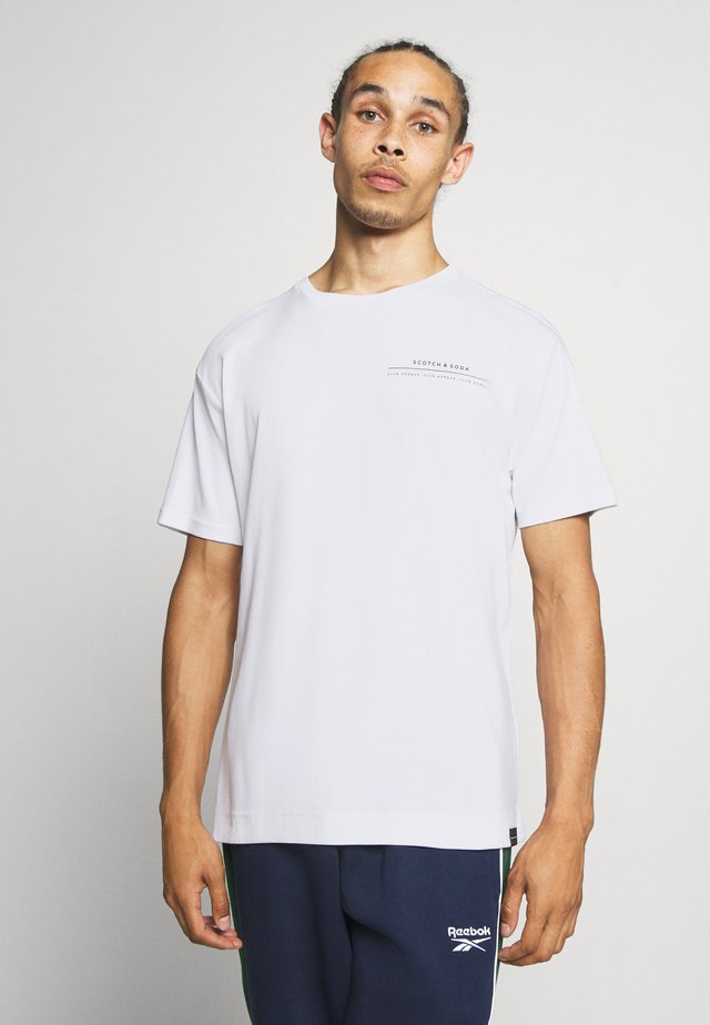 CLUB NOMADE TEE - T-shirt con stampa - white