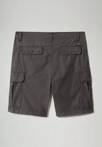 Napapijri - NOTO - Shorts - dark grey solid - 7