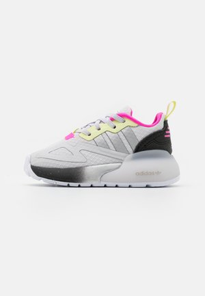 ZX 2K UNISEX - Sneakers laag - grey/silver metallic/yellow