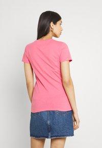 Tommy Jeans - ESSENTIAL - Triko spotiskem - botanical pink - 2