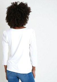Maison 123 - Long sleeved top - ecru - 2