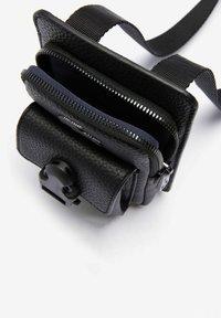 Lacoste - PORTE-CARTES - Office accessory - noir - 3