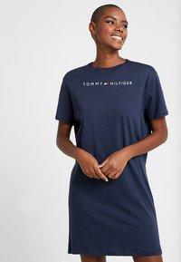 Tommy Hilfiger - DRESS HALF SLEEVE - Nightie - navy blazer - 0