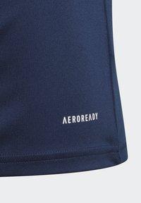 adidas Performance - SQUAD UNISEX - Camiseta estampada - team navy blue/white - 0