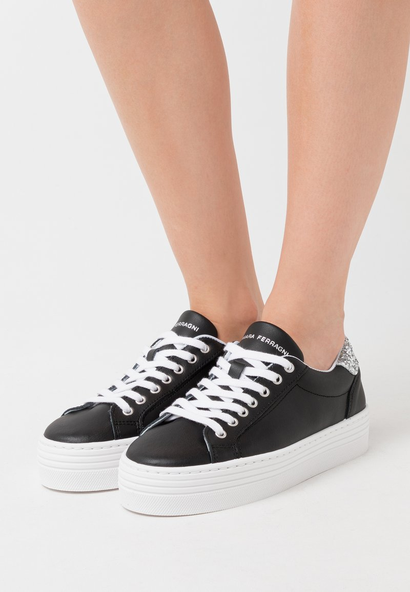 CHIARA FERRAGNI - NAME - Trainers - black