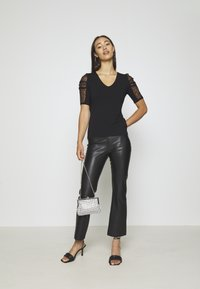 Morgan - DAIME - Print T-shirt - noir - 1