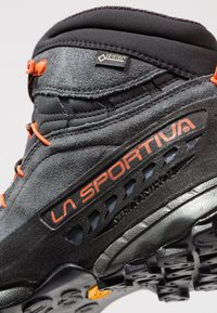 La Sportiva - TX4 MID GTX - Hiking shoes - carbon/flame - 5