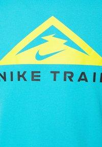 Nike Performance - TEE TRAIL - T-shirt print - chlorine blue - 2
