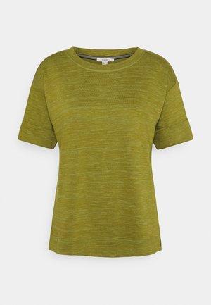 BOXY TEE - Basic T-shirt - olive
