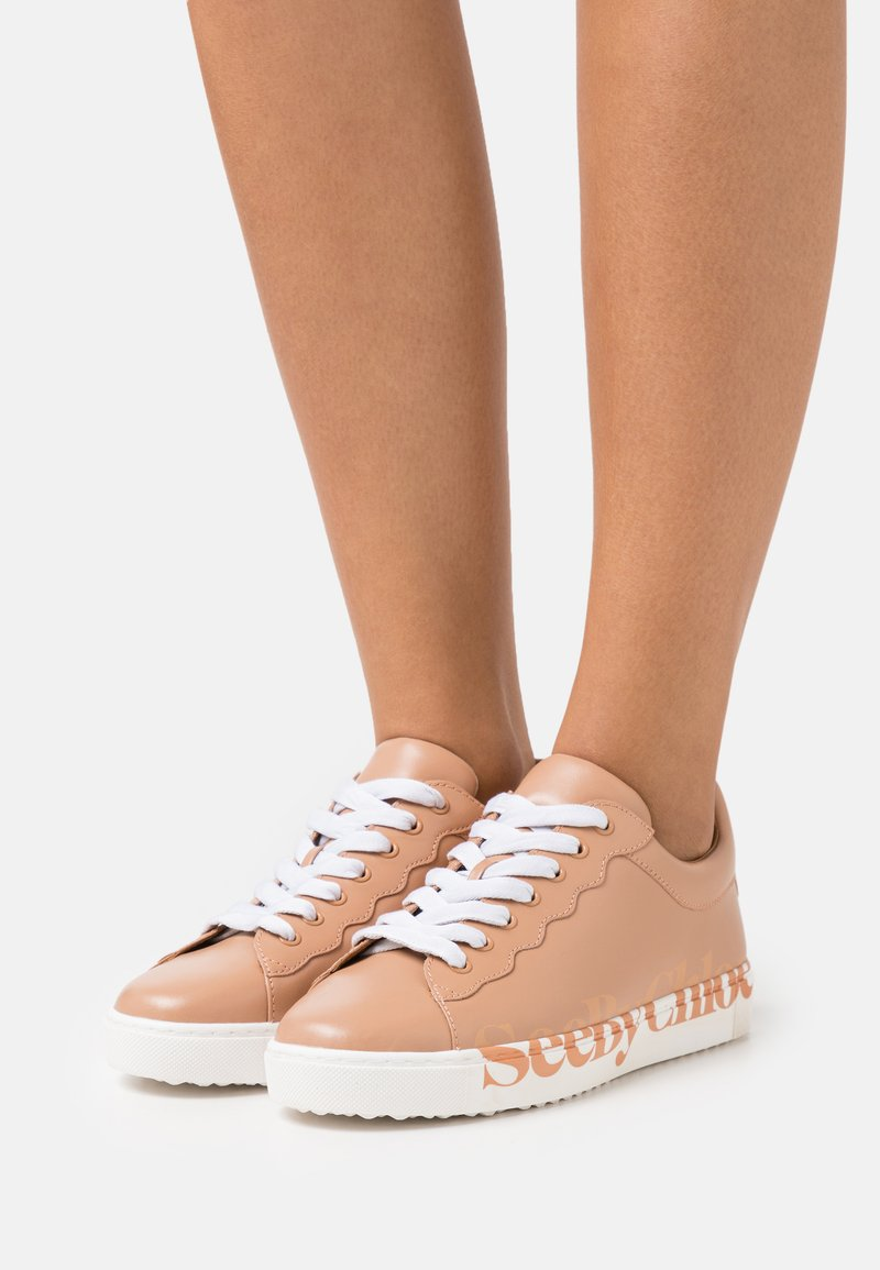 See by Chloé - ESSIE - Sneakers laag - open pink