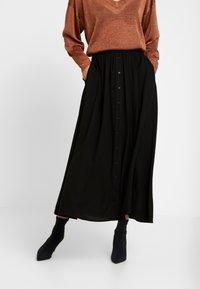 YAS - YASSAVANNA LONG SKIRT - Maxi sukně - black - 0