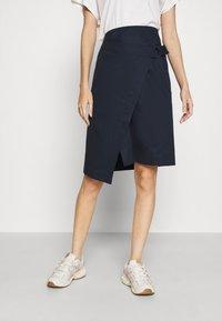 Lacoste - JUPE FEMME - Wrap skirt - marine - 0