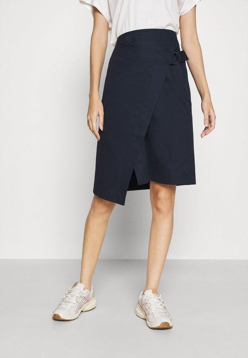 Lacoste - JUPE FEMME - Wrap skirt - marine