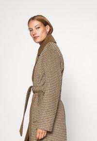 mbyM - JANASHIA - Classic coat - light brown - 3