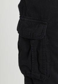 INDICODE JEANS - MONROE - Shorts - black - 3