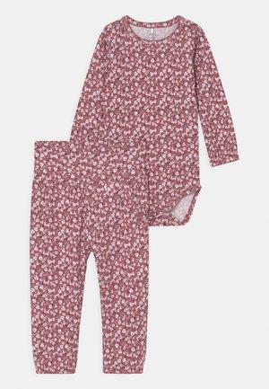 NBFKAISA SET - Leggings - deco rose