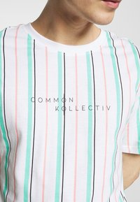 Common Kollectiv - UNISEX STRIPED AQUA TEE - Print T-shirt - white - 5