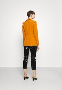 Missguided - SINGLE BREASTED - Short coat - mustard - 2