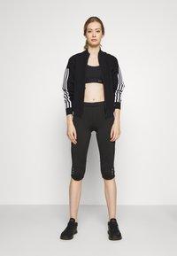 CMP - WOMAN PANT - 3/4 sportsbukser - black asphalt - 1