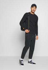 Superdry - ORANGE LABEL - Sweatshirt - black - 1