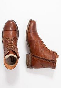 Anna Field - LEATHER WINTER BOOTIES - Zimní obuv - cognac - 3