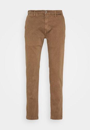 ZEUMAR HYPERFLEX  - Jeans slim fit - cigar