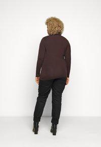 Vero Moda Curve - VMAVA LULU ROLLNECK  - Long sleeved top - chocolate plum - 2