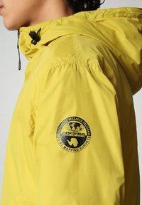 Napapijri - A-CIRCULAR - Outdoor jacket - yellow moss - 5