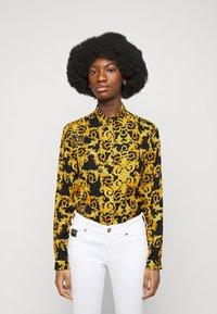 Versace Jeans Couture - LADY SHIRT - Košile - black - 0