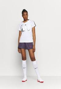 Nike Performance - DRY ACADEMY21 SHORT - Sports shorts - dark raisin/siren red - 1